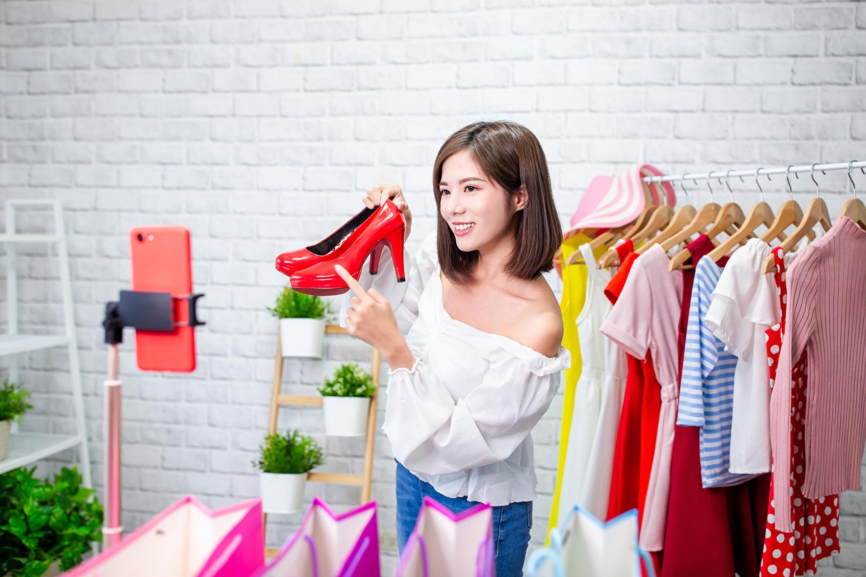 Hướng dẫn kinh doanh quần áo online
